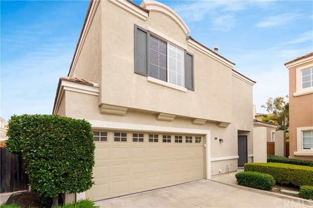 44 Rue Fontaine, Lake Forest, CA 92610