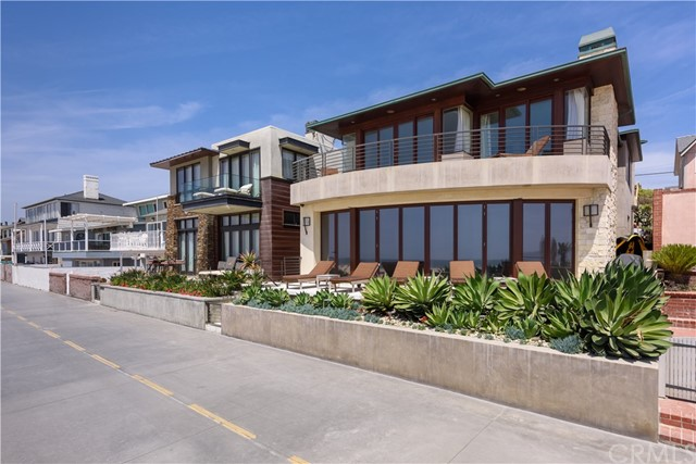 3001 The Strand, Hermosa Beach, CA 90254