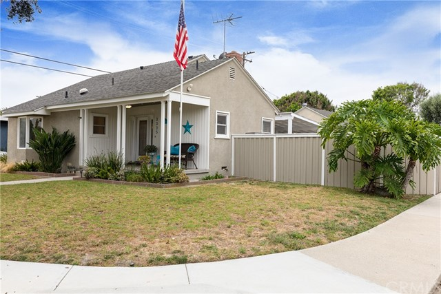 3335 Faust Avenue, Long Beach, CA 90808