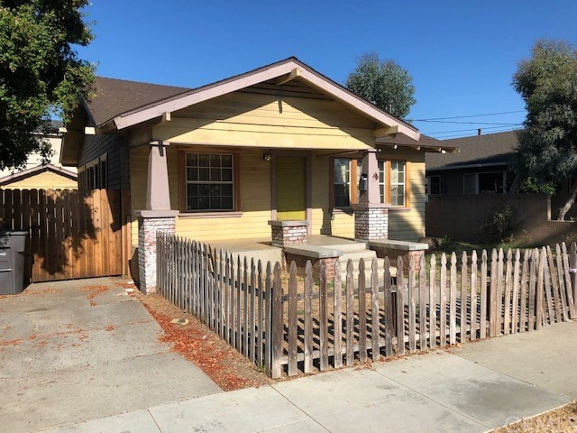 661 Orizaba Avenue, Long Beach, CA 90814