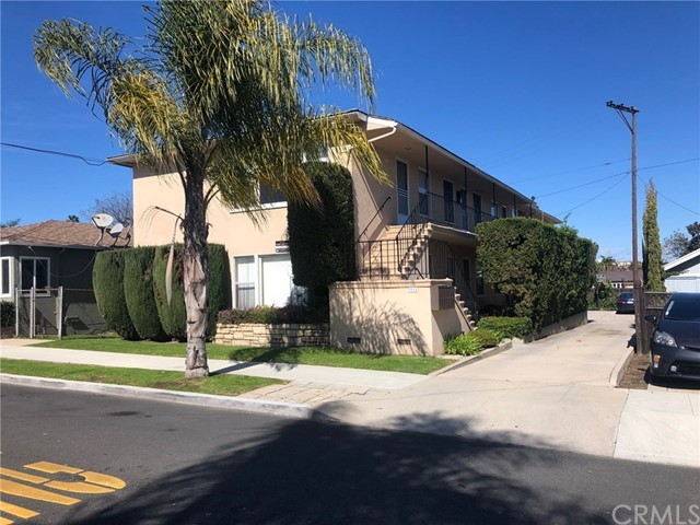 3911 E 8th Street, Long Beach, CA 90804