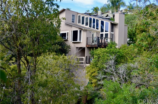 761 Summit Drive, Laguna Beach, CA 92651