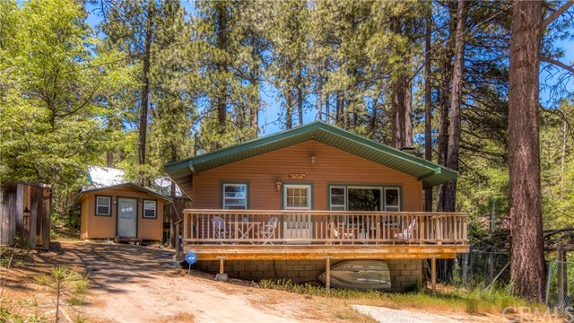33454 Wild Cherry Dr, Green Valley Lake, CA 92341 Photo 1