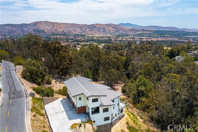 67. 2175 Lemon Heights Drive North Tustin, CA 92705