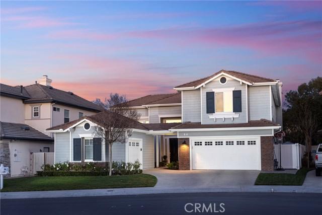 52 Ledgewood Drive, Rancho Santa Margarita, CA 92688
