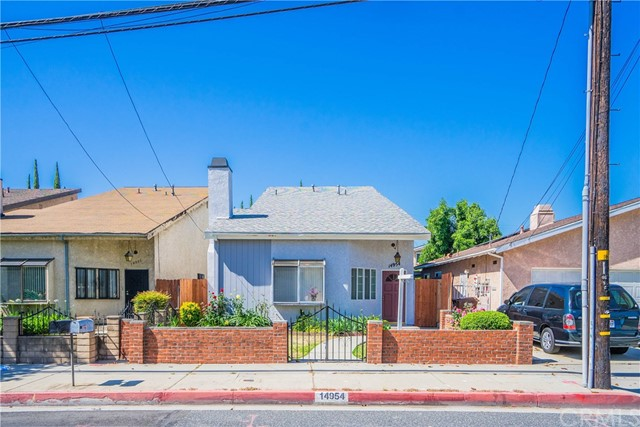 14954 Gale Avenue, Hacienda Heights, California 91745, 3 Bedrooms Bedrooms, ,2 BathroomsBathrooms,Single Family Residence,For Sale,Gale,PW20104531
