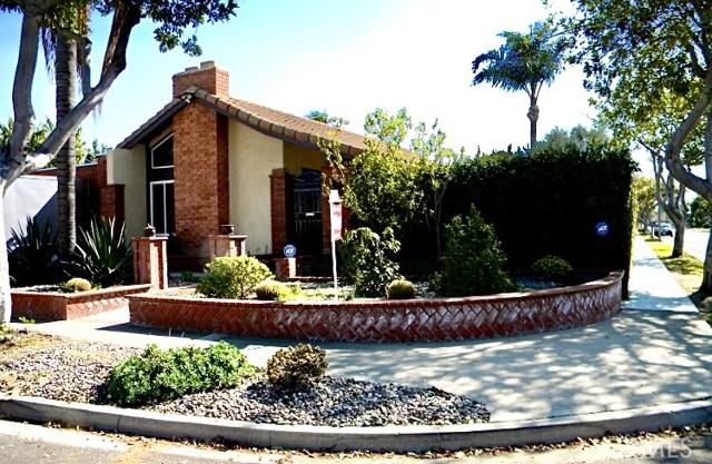 1091  Santa Rosa Avenue, Costa Mesa, California