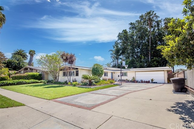 2116 W Beacon Avenue, Anaheim, CA 92804