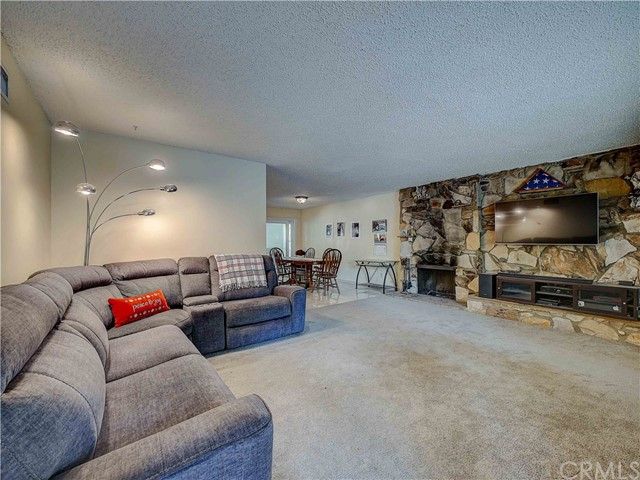 11420 Camaloa Av, Lakeview Terrace, CA 91342 Photo 4