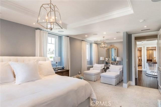 440 6th Street, Manhattan Beach, California 90266, 6 Bedrooms Bedrooms, ,5 BathroomsBathrooms,For Sale,6th,SB20264880