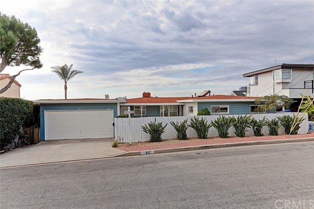 817 Pacific Avenue, Manhattan Beach, CA 90266