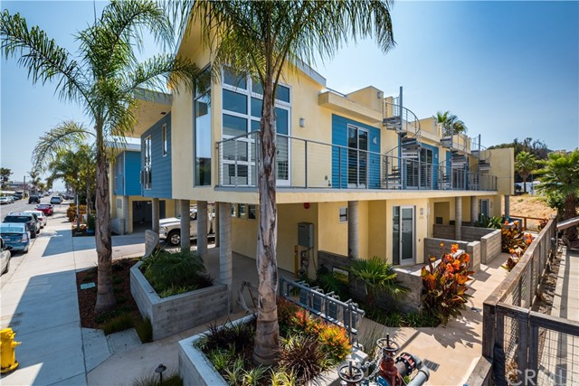 Property for sale at 231 San Miguel Street Unit: 8, Avila Beach,  California 93424