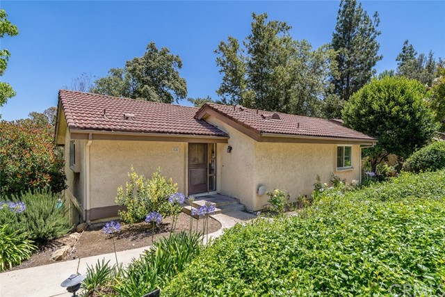 74 Rosehedge Lane, Oak Park, CA 91377
