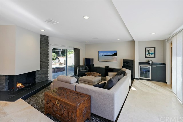 19421 Worchester Lane, Huntington Beach, CA 92646
