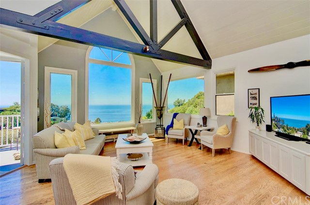 Property for sale at 917 Summit Way, Laguna Beach,  California 92651