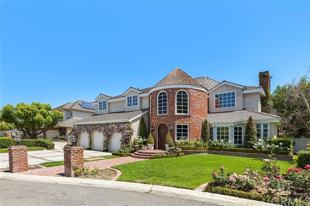 26482 Silver Saddle Lane, Laguna Hills, CA 92653