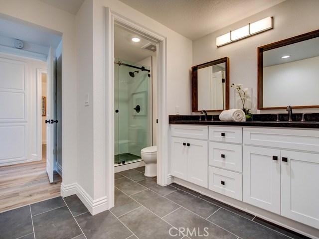 卧房个数: 3, 浴室个数 : 2.5