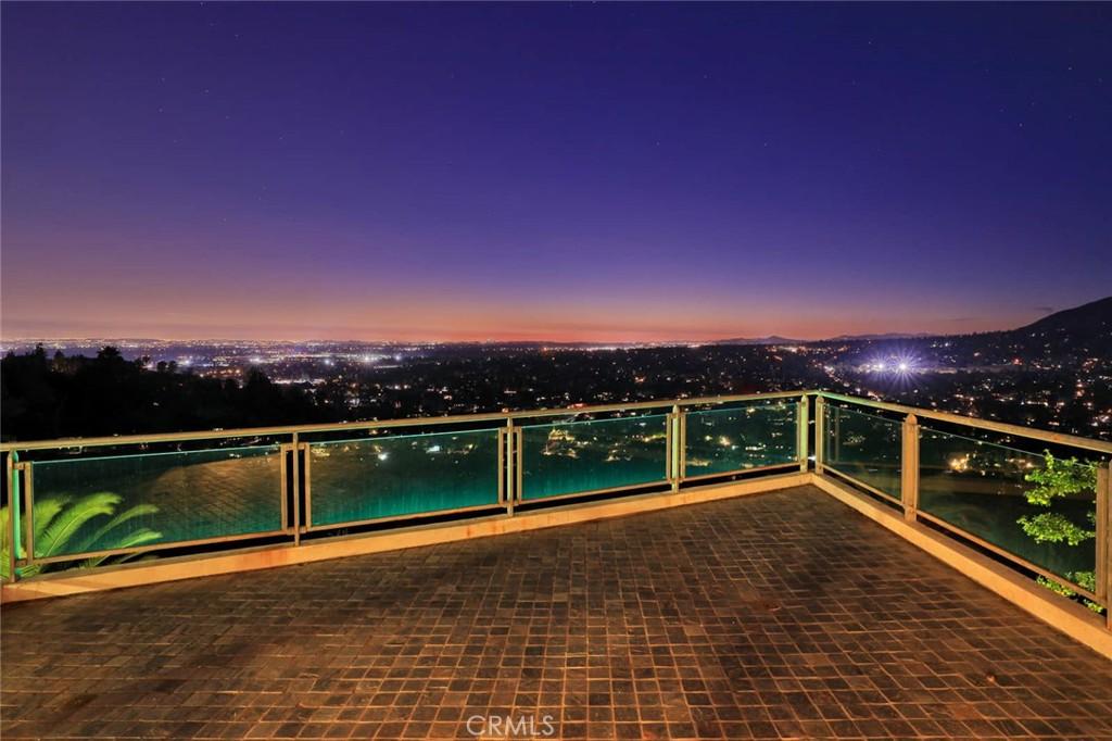 地址: 387 Torrey Pines Drive, Arcadia, CA 91006
