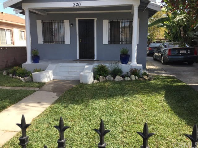 218 E 81st Street, Los Angeles, CA 90003