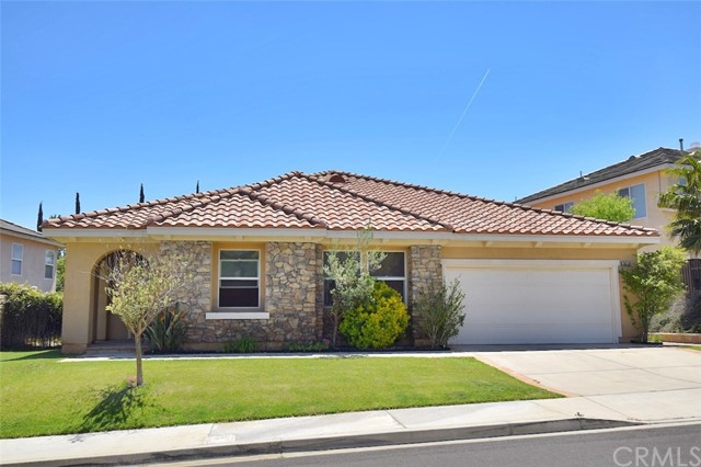30118 Cambridge Avenue, Castaic, CA 91384
