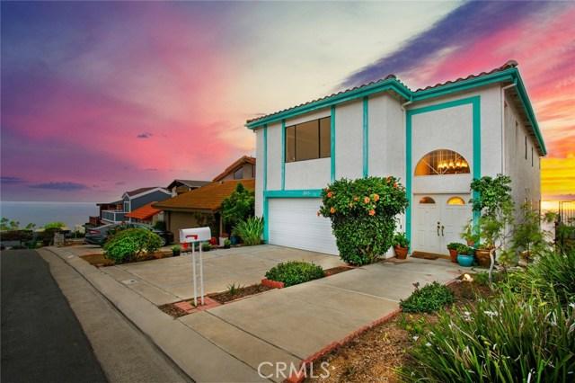 865 Quivera Street, Laguna Beach, CA 92651