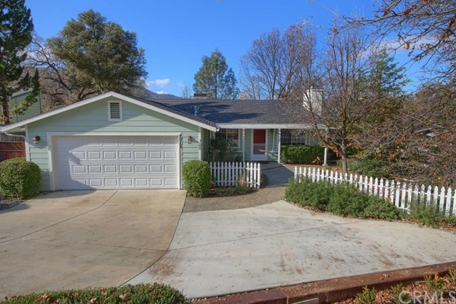 40768 Goldside Dr, Oakhurst, CA 93644 Photo