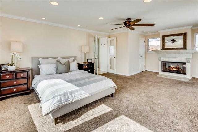 429 35th street, Manhattan Beach, California 90266, 4 Bedrooms Bedrooms, ,4 BathroomsBathrooms,For Sale,35th street,SB19086449