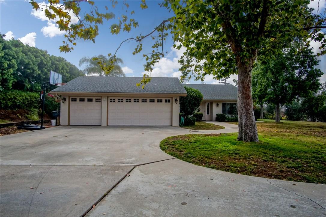 905 Pinion Street, San Marcos, CA 92069