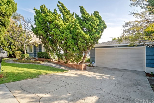 2712 Ardmore Avenue, Manhattan Beach, California 90266, 2 Bedrooms Bedrooms, ,1 BathroomBathrooms,Single family residence,For Sale,Ardmore,SB19039063