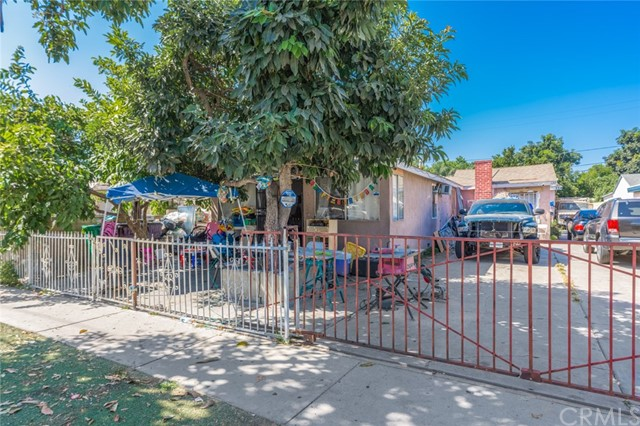 Photo of 122 N Gunther Street, Santa Ana, CA 92704
