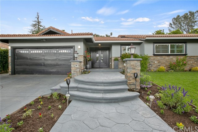 3326 N Raymond Avenue, Altadena, CA 91001