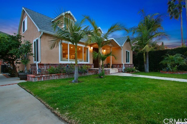 2136 E Chevy Chase Drive, Glendale, CA 91206