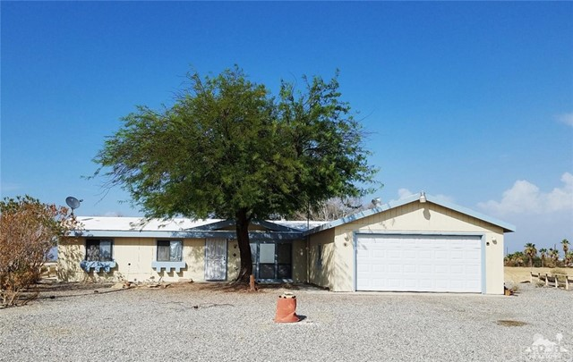 2366 Maui Lane, Salton City, CA 92275