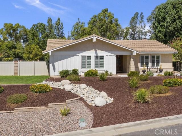 1183 Muirfield Road, Riverside, CA 92506