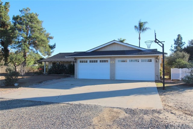 18485 Bert Road, Riverside, CA 92508
