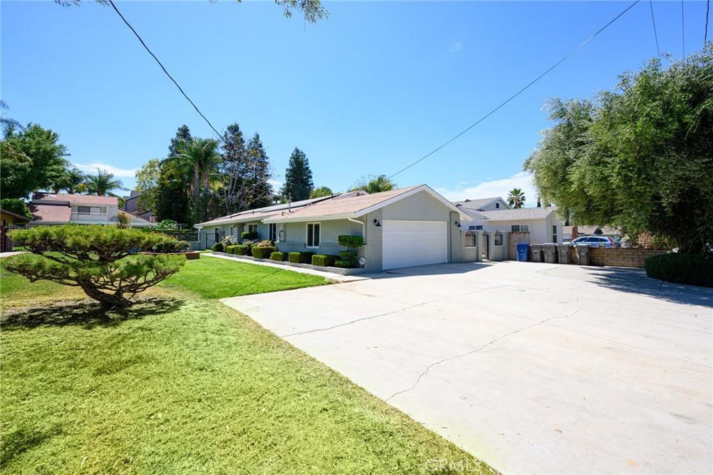 23424     Cherry Street, Newhall CA 91321