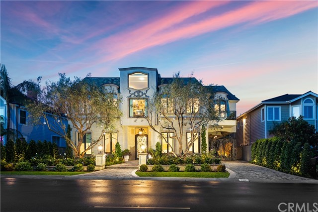 530 Kings Road | Newport Heights (NEWH) | Newport Beach CA