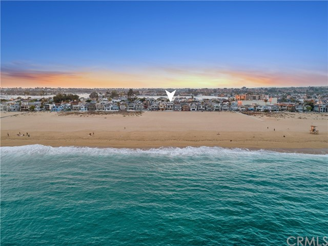 Photo of 204 E Oceanfront, Newport Beach, CA 92661