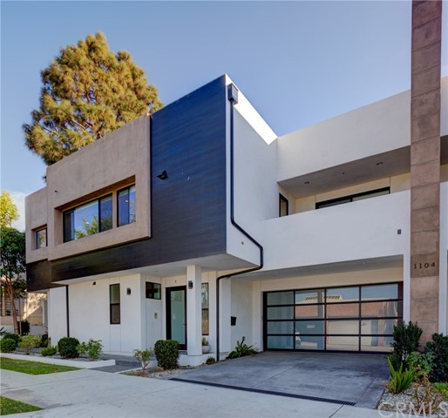 1104 Vincent Street B, Redondo Beach, California 90277, 4 Bedrooms Bedrooms, ,3 BathroomsBathrooms,For Sale,Vincent,PV21001636