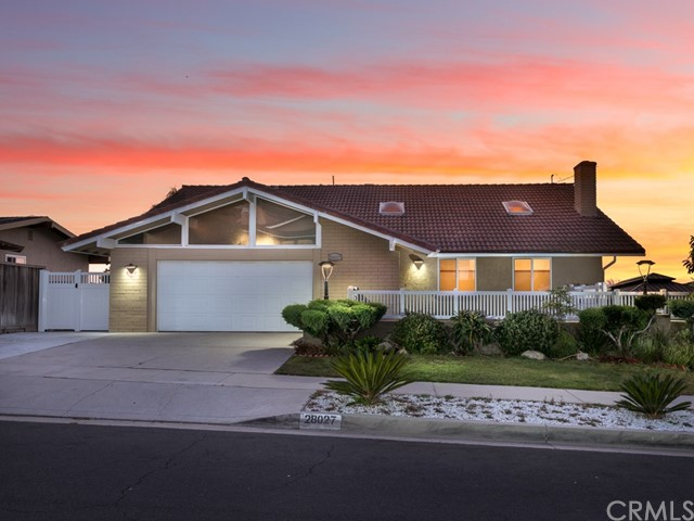 28027 Braidwood Drive, Rancho Palos Verdes, California 90275, 4 Bedrooms Bedrooms, ,3 BathroomsBathrooms,For Sale,Braidwood,WS19246052