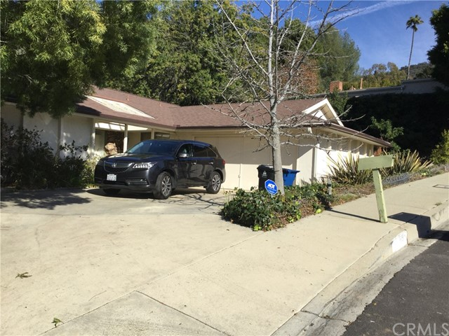1695 Clear View Drive, Los Angeles, CA 90210