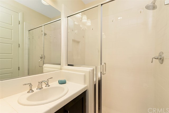 Downstairs Suite #2 Shower