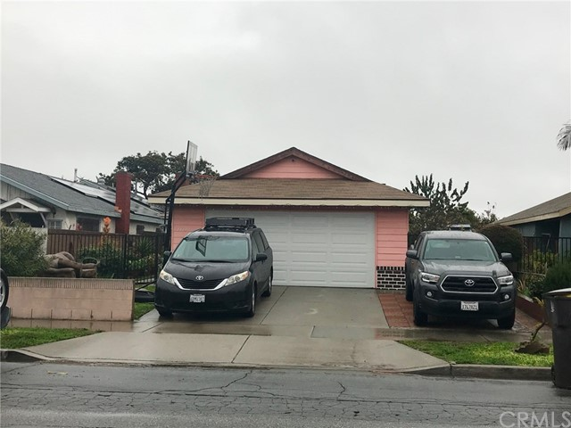 2424 Seabright Avenue, Long Beach, CA 90810