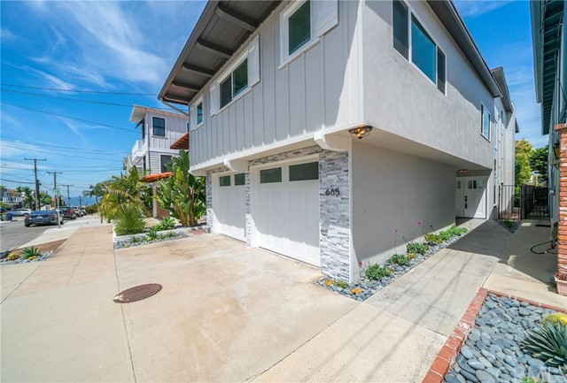665 13th Street, Manhattan Beach, California 90266, 3 Bedrooms Bedrooms, ,For Rent,13th,PV20188990