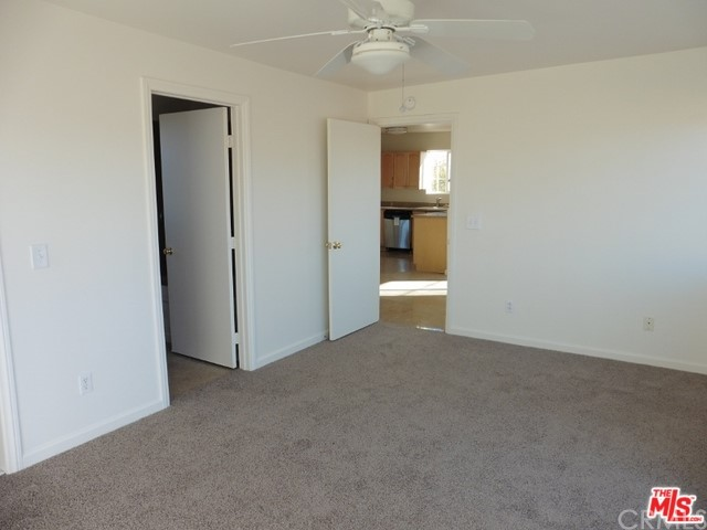 5075 Kickapoo Tr, Landers, CA 92285 Photo 20