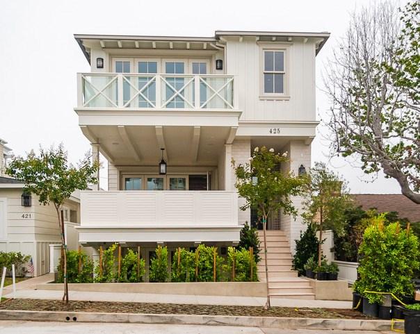 425 2nd Street, Manhattan Beach, California 90266, 5 Bedrooms Bedrooms, ,4 BathroomsBathrooms,For Sale,2nd,SB18204455