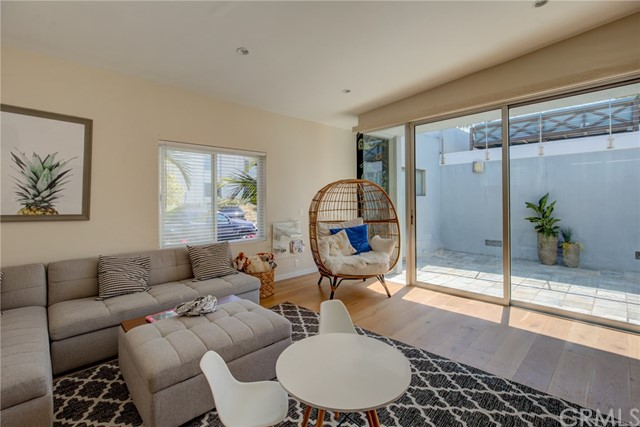 1181 Tennyson Street, Manhattan Beach, California 90266, 4 Bedrooms Bedrooms, ,2 BathroomsBathrooms,For Sale,Tennyson,SB20107527