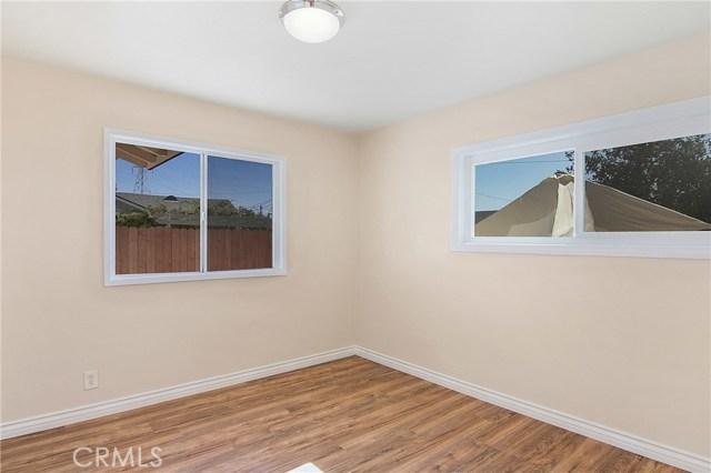 10919 Kester Av, Mission Hills (San Fernando), CA 91345 Photo 13