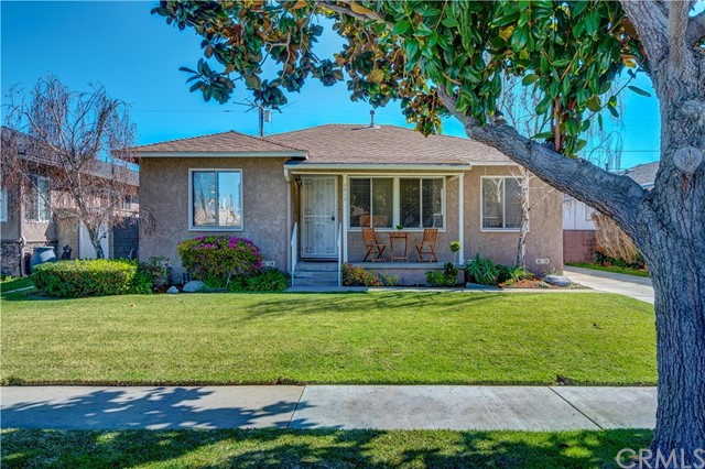 4818 Adenmoor Avenue, Lakewood, CA 90713