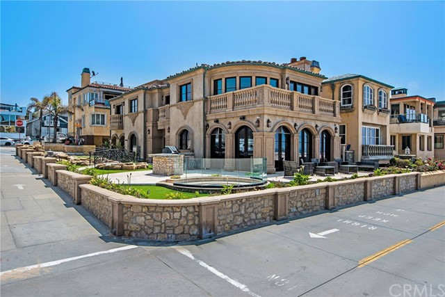 2340 The Strand, Hermosa Beach, California 90254, 5 Bedrooms Bedrooms, ,3 BathroomsBathrooms,For Sale,The Strand,SB20173754